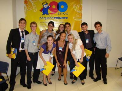 Jovens talentos trabalham no setor de Novos Projetos do Complexo Pequeno Príncipe