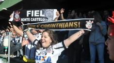 Fabiele na torcida do Corinthians no último domingo, dia 26