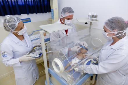 Profissionais de Enfermagem, Odontologia, Farmácia, Psicologia e Serviço Social podem participar do programa.