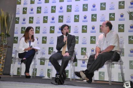 Caio Júnior foi entrevistado durante um talk show realizado na sétima edição da Noite dos Chefs, em 2013