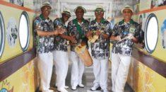Tradicionais sambistas cariocas visitam o Hospital Pequeno Príncipe